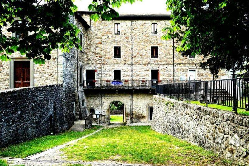 Ostello Castello di Corniglio - Cooperativa 100 Laghi 03