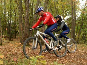 Escursioni in Mountain Bike organizzate dalla Cooperativa 100 Laghi di Corniglio